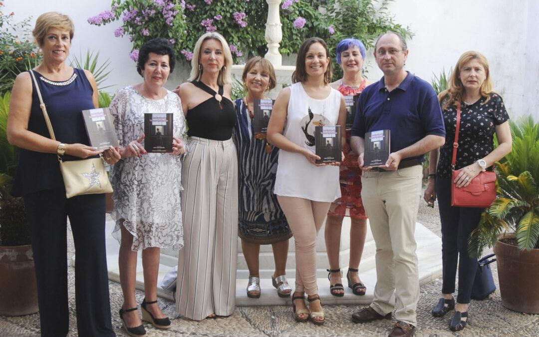 Tres asociaciones de mujeres de Lucena editan un libro de versos contra la violencia de género