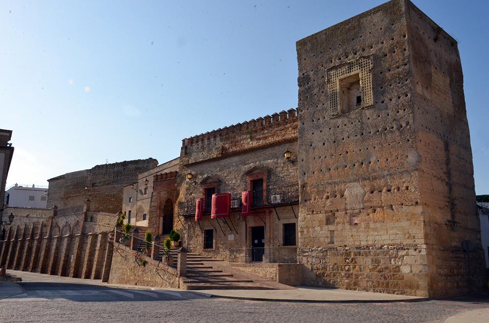 Santaella recuperará el Patio de Armas de su castillo