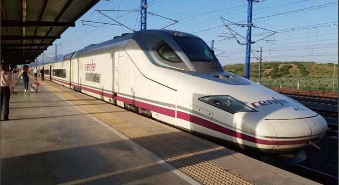 Se pone en marcha el tren AVE Córdoba – Granada